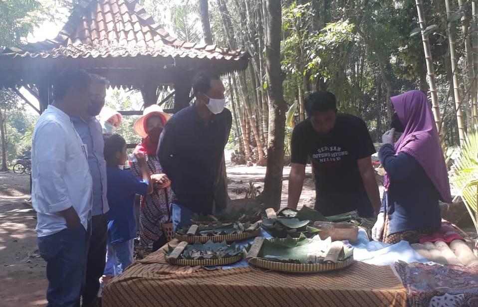 Photo of Pasar Tradisi Lembah Merapi Bukit Gununggono Dibuka Kembali