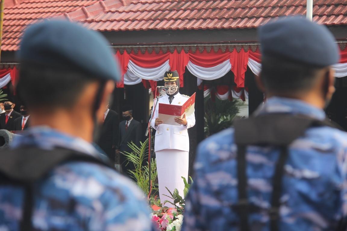 Photo of Gubernur Jateng : Ojo Sambat, Ojo Ngeluh