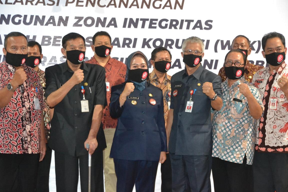 Photo of Pejabat Purbalingga Komitmen Tidak Korupsi Dan Jaga Integritas