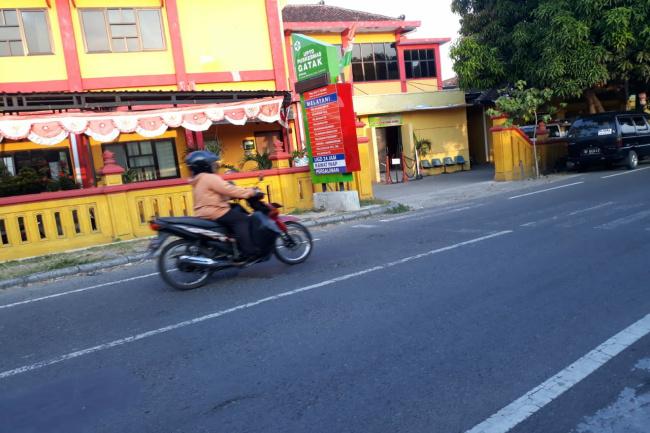 Photo of Petugas Puskesmas Gatak Positif Covid-19, Dua Unit Pelayanan Ditutup Sementara