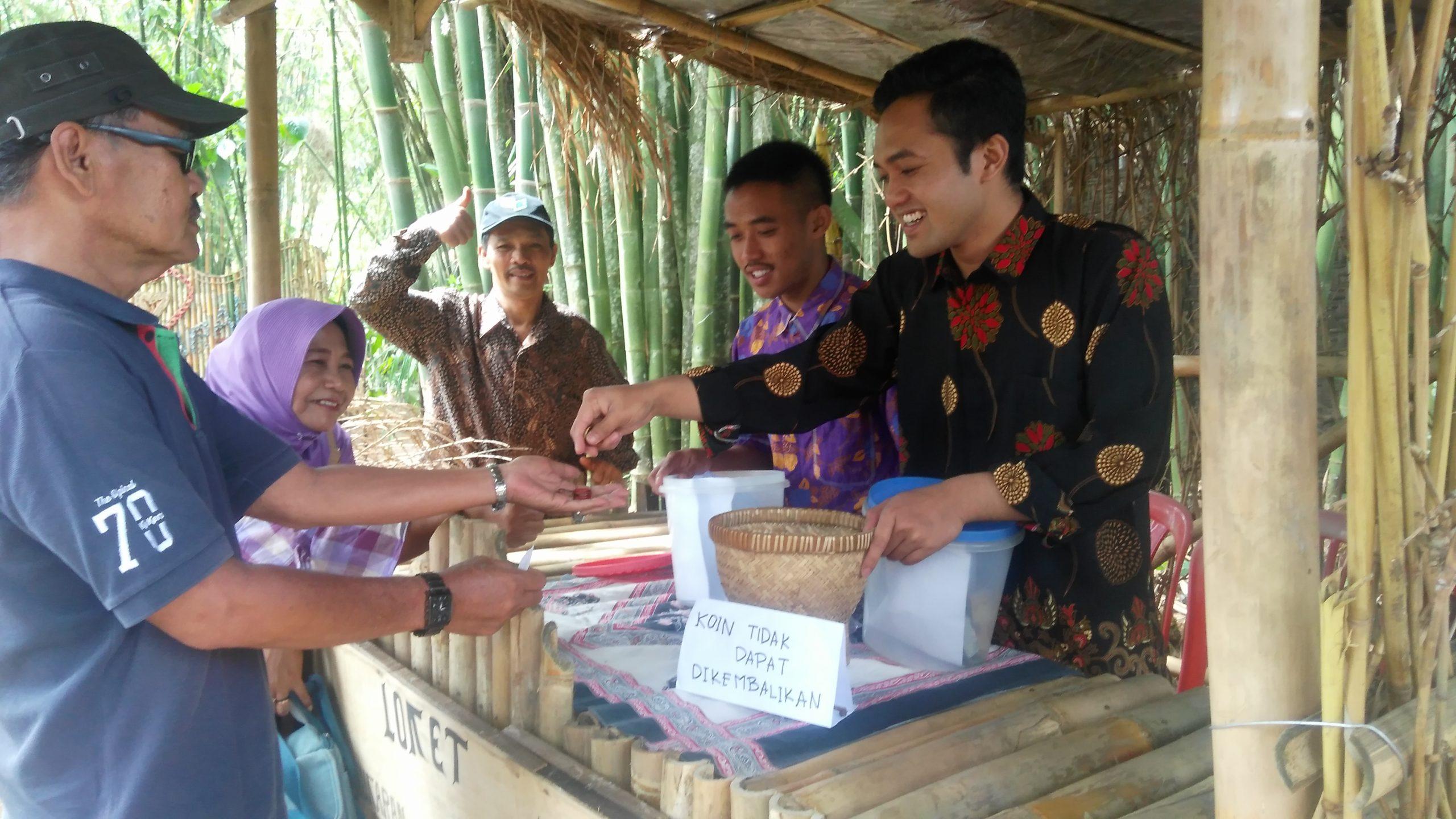 Photo of Carang Sewu, Berburu Jajanan 'Ndeso' di Tengah Rimbunnya Pohon Bambu