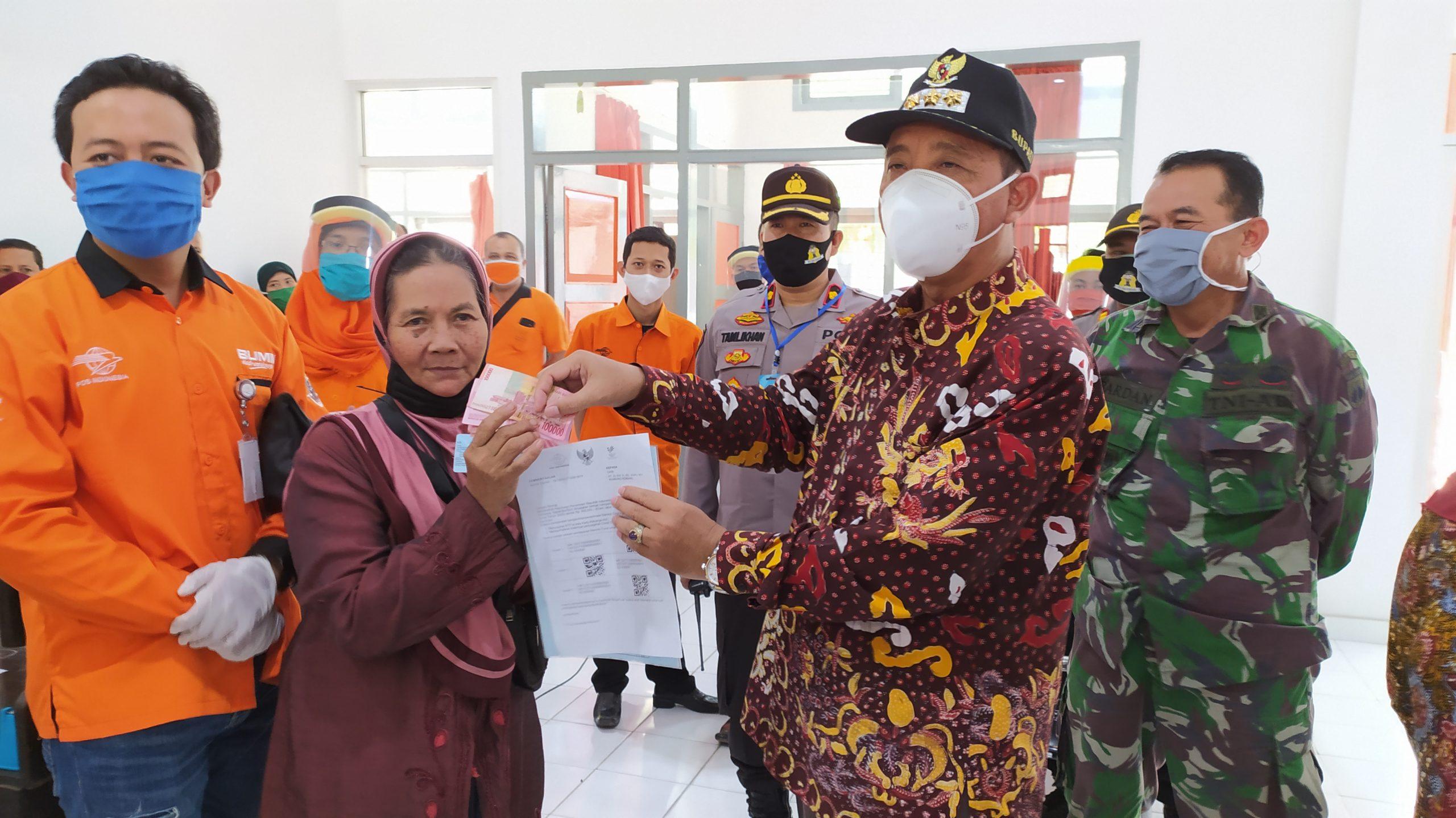 Photo of Ribuan KPM di Rembang tidak Mengambil BST.