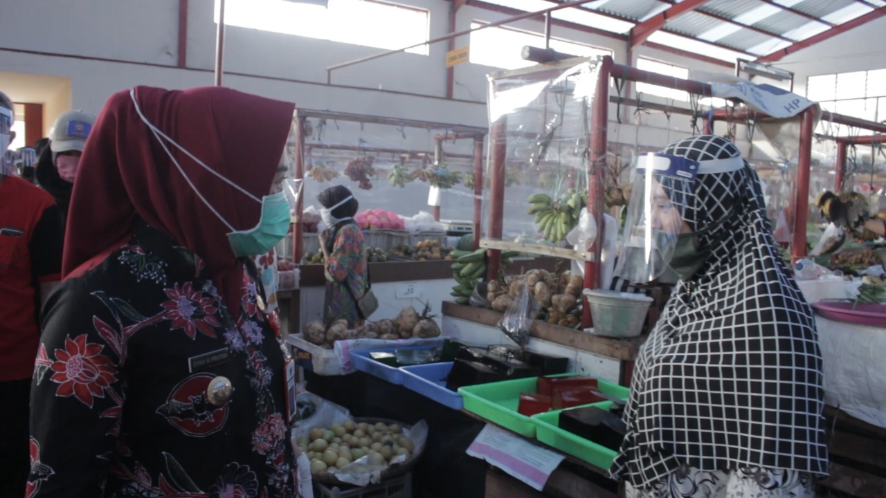 Photo of Ekonom UGM: Resesi Tidak Perlu Didramatisir
