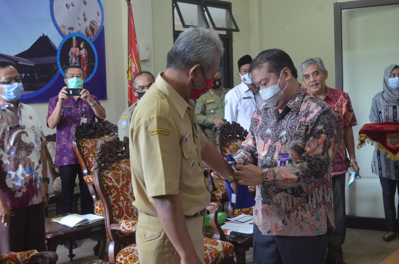 Photo of Kades dan Lurah Diminta Bentuk Pengawas Penegak Protokol Kesehatan
