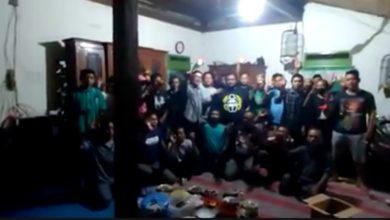 Photo of Diduga Tidak Netral, Oknum Lurah  di Blora Dilaporkan ke Bawaslu