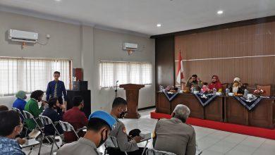 Photo of Temui Mahasiswa di STIT, Kapolres Pemalang Sosialisasikan Prokes