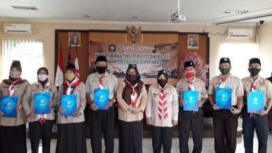 Photo of Delapan Pramuka Baturraden Terima Anugerah Lencana Pancawarsa
