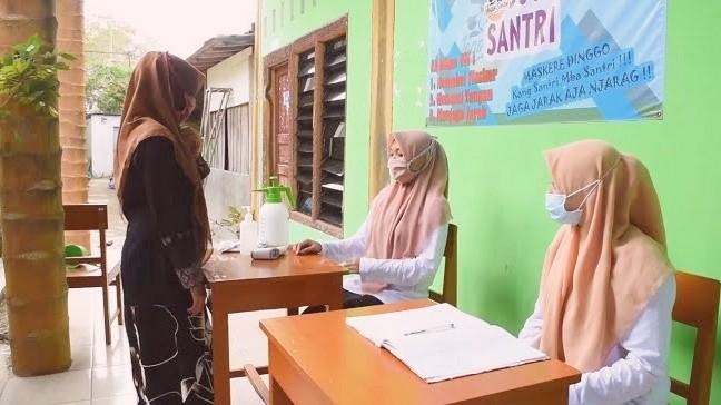 Photo of Program Jogo Santri Efektif Tekan Kasus Covid-19 Klaster Ponpes di Kebumen