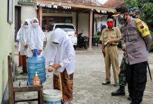Photo of Kapolres Kebumen Motivasi Santri Eks Penderita Covid-19 di Ponpes Nurul Hidayah