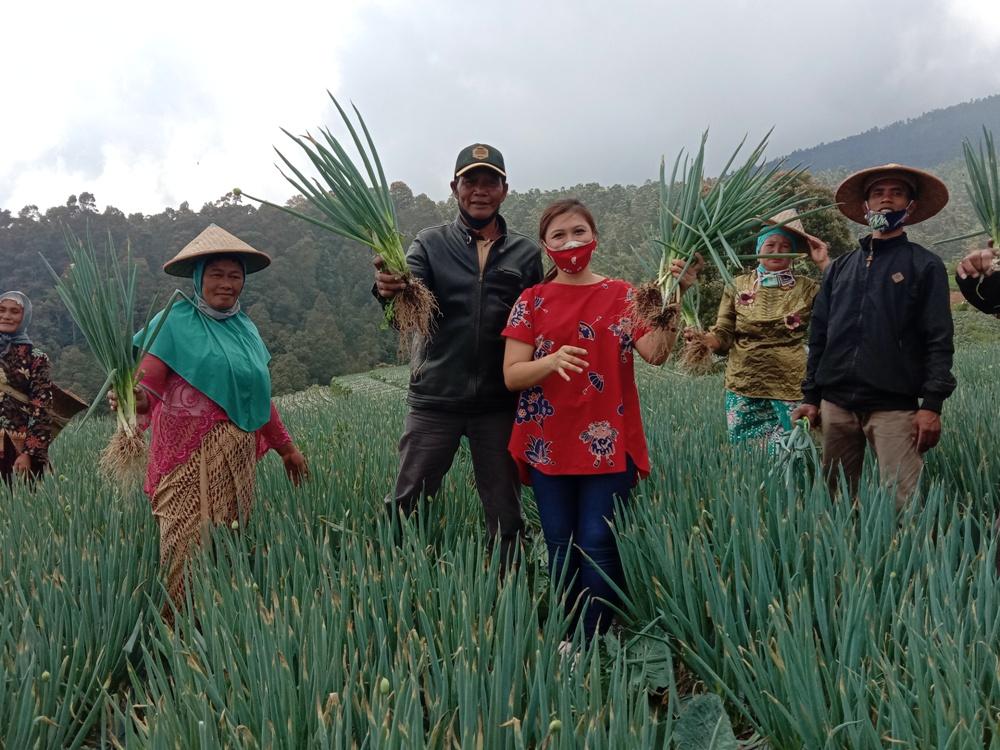 Photo of Anggota DPR RI Vita Ervina Dukung Dusun Nampan Sukomakmur Jadi Daya Tarik Wisata Baru