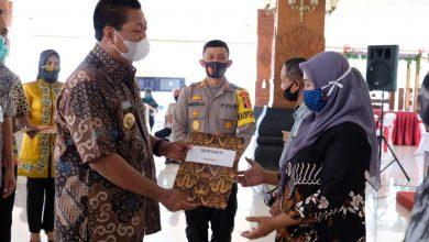 Photo of 434 PKL Dapat Bantuan Modal dari Pemkot Magelang
