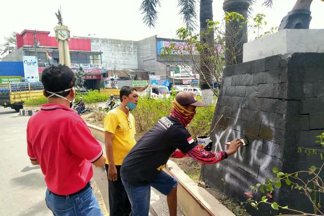 Photo of Pawartos Bersih-bersih Pasca Demo