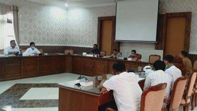 Photo of Tolak UU Cipta Kerja, Buruh Wonosobo Mengadu ke DPRD