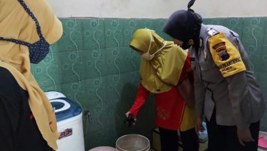 Photo of Polisi Purbalingga Berburu Sarang Nyamuk