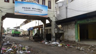 Photo of Dibangun Ulang, Pasar Wiradesa Pekalongan Mulai Dibongkar