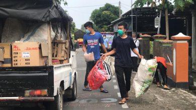 Photo of Pemuda di Sragen Ini Bantu Warga Kurang Mampu dari Donasi Sampah