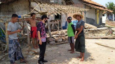 Photo of Puluhan Rumah di Kragan Rusak Dihantam Ombak