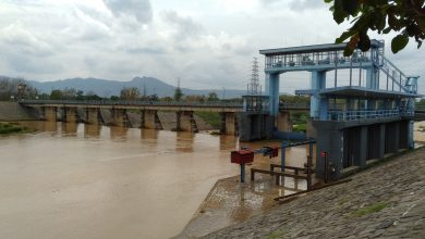 Photo of Stok Air di Waduk Gajah Mungkur Tercukupi, Pintu Dam Colo Dibuka