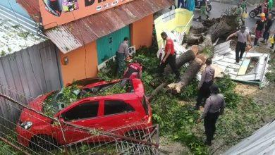 Photo of Angin Ribut Porak-porandakan Kota Purwokerto