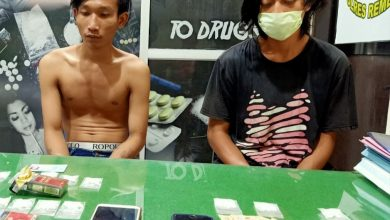 Photo of Satnarkoba Rembang Bekuk Dua Pengedar Obat Terlarang