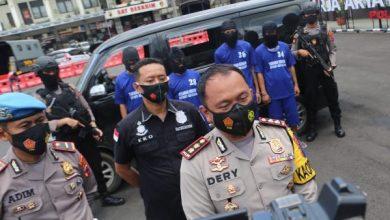 Photo of Dua Pelaku Judi Togel Hongkong Dibekuk