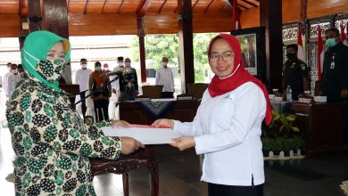 Photo of PMI Tidak Pandang Bulu dalam Melayani Rakyat
