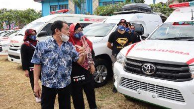 Photo of Puskesmas di Banjarnegara Terima Ambulan Baru pada Peringatan HKN