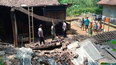 Photo of Hujan Deras, Dapur Rumah Warga Ambruk