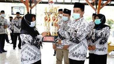 Photo of Wali Kota Salatiga Kukuhkan Pengurus PGRI PSLCC