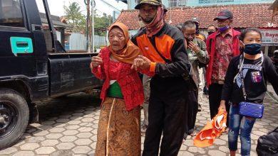 Photo of Warga Babadan 1 Dukun Lereng Merapi Di Evakuasi ke Sister Village Desa Banyurojo