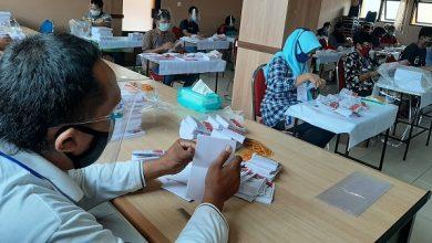 Photo of KPU Solo Temukan Ribuan Surat Suara Pilwakot Rusak