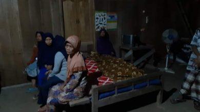 Photo of Main Game Online Saat Hujan Deras, Remaja di Grobogan Tewas Tersambar Petir