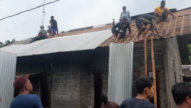 Photo of Warga Mulai Perbaiki Rumah, Kerugian Bencana Angin Ribut Capai Ratusan Juta