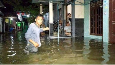 Photo of Lima Desa di Kabupaten Tegal Terendam Banjir