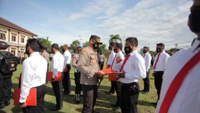 Photo of Berprestasi; 30 Anggota Polres Klaten Menerima Penghargaan