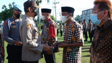 Photo of Polres Klaten Berikan Penghargaan  Warga yang Membantu Tugas Kepolisian