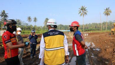 Photo of Ganjar Jadi Mandor, Keliling Borobudur Cek Proyek Langsung Tangani Masalah