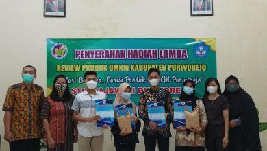 Photo of Mahasiswa STIE Rajawali Ikut Bangkitkan UMKM dengan Review Produk