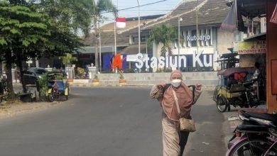 Photo of Naik Kereta Api Masyarakat Tak Wajib Sertakan Surat Izin Perjalanan