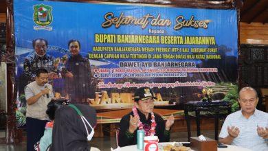 Photo of Dua Piala Penghargaan Dawet Ayu Disambut di Perbatasan Banjarnegara