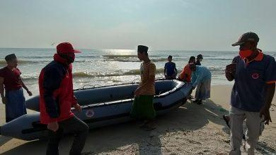 Photo of Cuci Jeroan, Seorang Santri Tewas Terseret Ombak Laut.