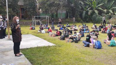 Photo of Sembuh Dari Covid, 66 Siswa  SMP Negeri 4 Mrebet Purbalingga Dipulangkan