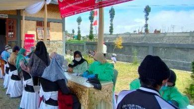 Photo of Peminat Melonjak, Vaksin Bantuan BAIS TNI Bagi Pelaku Wisata Dieng Disambut Antusias